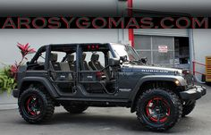 2014 jeep wrangler unlimited on 20 inch rims. I LOVE THIS!!!