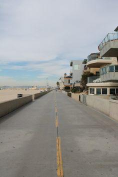 Hermosa Beach Board Walk, California #TurquoiseCompass