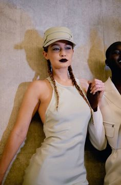 Gigi Hadid Gif, Estilo Gigi Hadid, Gigi Hadid Looks, Gigi Hadid Style, Spice Girls, Max Mara, Britney Spears, Backstage, Vogue Magazine Covers