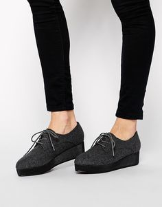 MICKEY Flatform Pointed Shoes (ASOS)