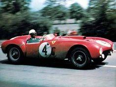 1954 Ferrari 375 winner at Le Mans drivers Jose Froilan Gonzales and Maurice Trintignat Sports Car Racing, Racing Team, Road Racing, Sport Cars, Auto Racing, Motor Sport, Ferrari Racing, Ferrari Car, Classic Sports Cars