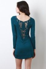 such a pretty back..wish they had it in black
