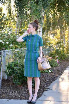 So cute! Vintage dress with bows and buttons