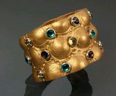 686e2fce0334e479ff38f4ebb8fbf1ee--leather-crafts-jewelry-bracelets.jpg (720×598)