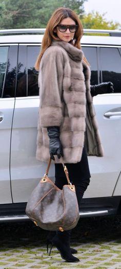NEW 2016 PLATINUM ROYAL SAGA MINK FUR COAT CLASS OF JACKET CHINCHILLA SABLE FOX