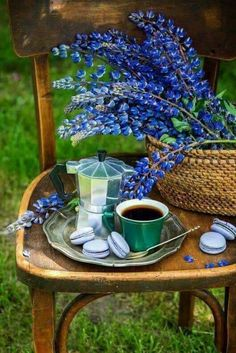 Coffee in a garden by Irina Meliukh on Good Morning Coffee, Coffee Break, I Love Coffee, My Coffee, Coffee Cafe, Coffee Drinks, Café Chocolate, Pause Café, Coffee Pictures