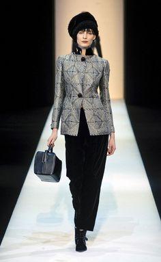 Giorgio Armani - Giorgio Armani - Milán - Mujer - Otoño Invierno 2013- 2014 - Pasarelas, desfiles de moda, diseñadores, videos, calendarios, fotos y backstage - Elle - ELLE.ES