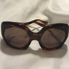 AUTHENTIC Dolce & Gabbana Sunglasses Gorgeous DG sunglasses, with tortoise shell frames and fantastic wavy temples. Perfect condition! Dolce & Gabbana Accessories Sunglasses