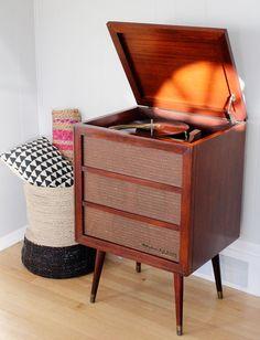 Elegant Record Player Cabinet Plans