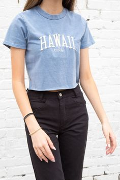 brandy melville crop washed blue cotton Helen Hawaii USA top NWT sz S Hawaii Outfits, Lazy Day Outfits, Teenage Outfits, Basic Outfits, Cute Summer Outfits, Teen Fashion Outfits, Fashion Clothes, Girl Outfits, Teenage Girl Clothes