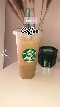 Homemade Starbucks Recipes, Coffee Drink Recipes, Bebidas Do Starbucks, Starbucks Drinks, Fun Baking Recipes, Cooking Recipes, Fruit Smoothie Recipes, Smoothies, Comida Diy