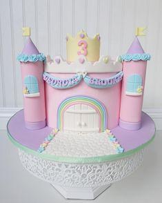 Fairy Castle Cake, Castle Birthday Cakes, Birthday Sheet Cakes, Princess Castle Cakes, Teacher Birthday Cake, Birthday Cake Girls, Fondant Cakes, Cupcake Cakes, Smooth Cake