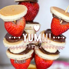 Skewers please! Y•U•M!!! #healthyfood #staystrong #light #yum #chocolate #paleo #keto #vegan #fruit #delicious #eatclean #foodie #eeeeeats #food #yummy #veganfood #instagood #skewers #pancakes #breakfast #brunch #glutenfree #sugarfree #dessert #sweet #perfect #diabetes #friendly #nosugar