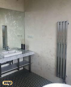 Designová vysoce odolná dekorační stěrka ZERO MagicTouch v koupelnovém provedení. Díky perfektní čistitelnosti a odolnosti umožňuje skvělou údržbu bez pracného čištění spár. Více než 270 barevných variant a stovky možností dekorů.
