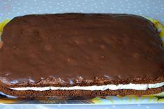 Prajitura cu crema de ciocolata alba | MiremircMiremirc Cooking Recipes, Cake, Desserts, Food, Tailgate Desserts, Deserts, Chef Recipes, Kuchen, Essen