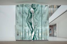 Glass sculpture & glass architectural elements: the often, monumental, glass projects of Danny Lane, London. See Blogroll for a link. | Decanted