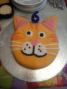 Ginger cat birthday cake Ginger cats Birthday cakes and Birthdays