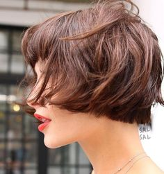 Pin on Hair Envy You might think a bowl cut is out, but that is quite untrue. They are making a huge comeback. See these super cute and trendy ideas for bowl haircuts. Good Hair Day, Great Hair, Hair Inspo, Hair Inspiration, Short Hair Cuts, Short Hair Styles, Bowl Haircuts, Hair Today, Hair Dos