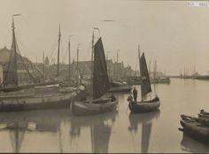 Urk Haven ongeveer eind 1930