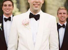 white dinner jacket and classic black bow | Gabe Aceves #wedding