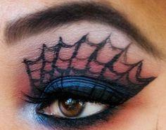 Spinnennetz in dunklen Nuancen für dramatisches Augen-Make-up