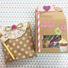 #mulpix Por aqui, muitas embalagens fofas pra troca dos chocolates de páscoa!  Sacola kraft com janelinha transparente , sacola kraft de bolinhas brancas, papel rendado, canudo estampado e recortes de papel de scrap.  Tudo isso e muito mais , vocês encontram aqui no Ateliê Craft! Visite-nos! Estaremos atendendo hoje até as 13:00h  #ateliecraft2016  #embalagem  #lembrancinhas