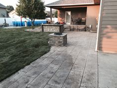 Wood plank stamp,concrete wall to look like rocks