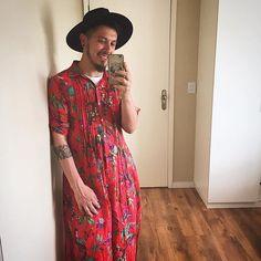 "2 Likes, 1 Comments - Piña con Limón (@pina.con.limon) on Instagram: ""Look do dia 💃🏻 #johnyoliveira #streetstyle #lookdodia #menswear #modamasculina #pinaconlimon…"""