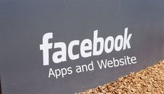 Facebook Apps and Website - www.Facebook.com | Tecteem Facebook Website, Facebook Video, List Of Presidents, Facebook Platform, Free Gas, Facebook Features, Wrong Turn, App Icon, Just For You
