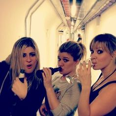 Kelly Clarkson with Jill and Kate