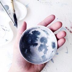 Bringing Nature to Life on Ceramics with @niharikahukku #ceramics #moon #diy
