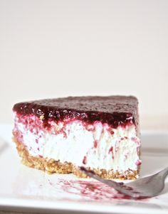 A No-Bake Greek Yogurt & Berry Cheesecake.  Healthy, rich in protein, NO CREAM CHEESE