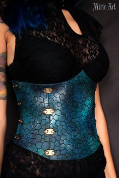 Underbust corset. Dragon's scales/leather effect. Available in 6 different colors. perfect for fantasy costume, cosplay and larp