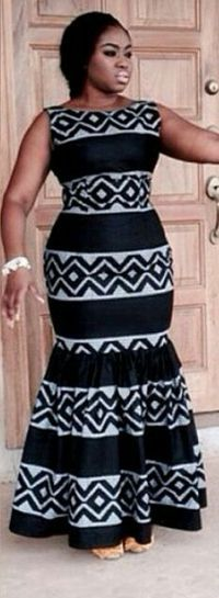 Trendy clothing on african fashion 151 African Maxi Dresses, African Dresses For Women, Ankara Dress, African Attire, African Wear, African Women, Seshweshwe Dresses, Kitenge, African Print Fashion