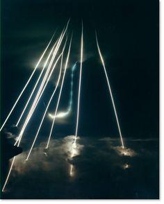 """mcsgsym:  軍事のおもしろい話とか聞かして:哲学ニュースnwk 有名だけどちょっと前にアメリカは人工衛星から金属製の質量弾を発射する核爆弾並みの威力を持つ兵器通称""""神の杖""""を考えてた"""