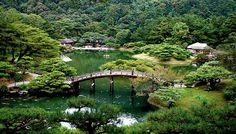 Engetsu-kyo Bridge in Ritsurin koen, Takamatsu city, Shikoku, Japan