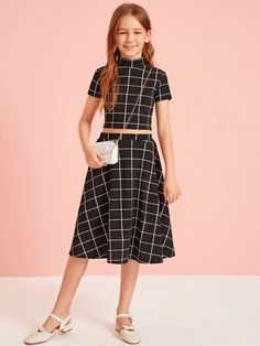 Girls Mock-Neck Grid Top And Flare Skirt Set – gagokid Frocks For Girls, Kids Outfits Girls, Cute Girl Outfits, Girls Fashion Clothes, Tween Fashion, Cute Outfits For Kids, Teen Fashion Outfits, Little Girl Dresses, Cute Summer Outfits