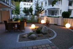 bild 1 Yard, Patio, Outdoor Decor, Image, Home Decor, Pictures, Decoration Home, Room Decor, Courtyards