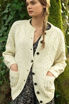 Carraig Donn Irish Aran Wool Sweater Womens Cable Knit Traditional Buttoned Cardigan Handknit