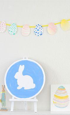 DIY Canvas, Bunting & Watercolour Egg.