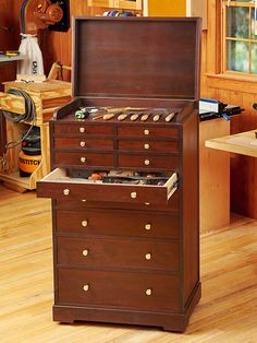MUST HAVE!---Heirloom Rolling Tool Cabinet Woodworking Plan, Workshop & Jigs Shop Cabinets, Storage, & Organizers