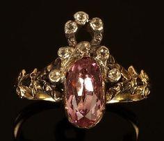 236: A Georgian pink topaz and diamond ring, circa 1780 : Lot 236