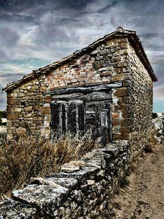 La cabaña by Donibane #rural #cabaña #huesca #photography #art #architecture #donibane