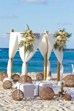 Beach wedding in the Bahamas – a dream of many bridal couples – Decoration Solutions Beach wedding in the Bahamas – a dream of many bridal couples – Decoration Solutions,Wedding Beach wedding in the. Beach Wedding Reception, Beach Wedding Flowers, Beach Wedding Photos, Beach Wedding Decorations, Wedding Events, Wedding Ceremony, Wedding Colors, Wedding On The Beach, Wedding Ideas