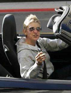 """Ellen DeGeneres Photos - Ellen Degeneres leaves the Beverly Wilshire Hotel in her Porsche. We get a glimpse into her """"Favs"""" on her iPhone. Ellen Degeneres And Portia, Ellen And Portia, Wilshire Hotel, Beverly Wilshire, Portia De Rossi, Cool Inventions, The Beverly, Hollywood Celebrities, Actors"""