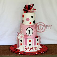 Ladybug 1st birthday... by The Well Dressed Cake, via Flickr