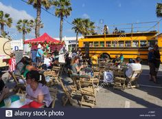 people-at-terrace-on-food-trucks-festival-festive-celebration-in-port-J13687.jpg (1300×956)