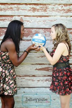 Volleyball Girls! SO doing this for my pictures with my BFF's!