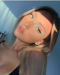 pastel🍬 what do you think of this look ? Makeup Goals, Makeup Inspo, Makeup Art, Makeup Inspiration, Makeup Tips, Hair Makeup, Green Eyeshadow Look, Pastel Eyeshadow, Eyeshadow Looks