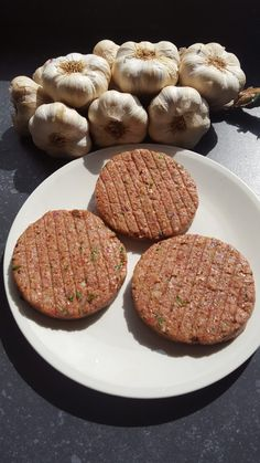 Aperitif with nuts - Clean Eating Snacks Bbq Hamburgers, Hamburgers Recept, Bbq Burger, Beef Burgers, Make Your Own Burger, Homemade Burgers, Hamburger Meat Recipes, Best Bbq, Barbecue Recipes